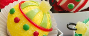 Hero Ornament Cupcakes